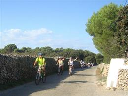 cycling menorca - routes