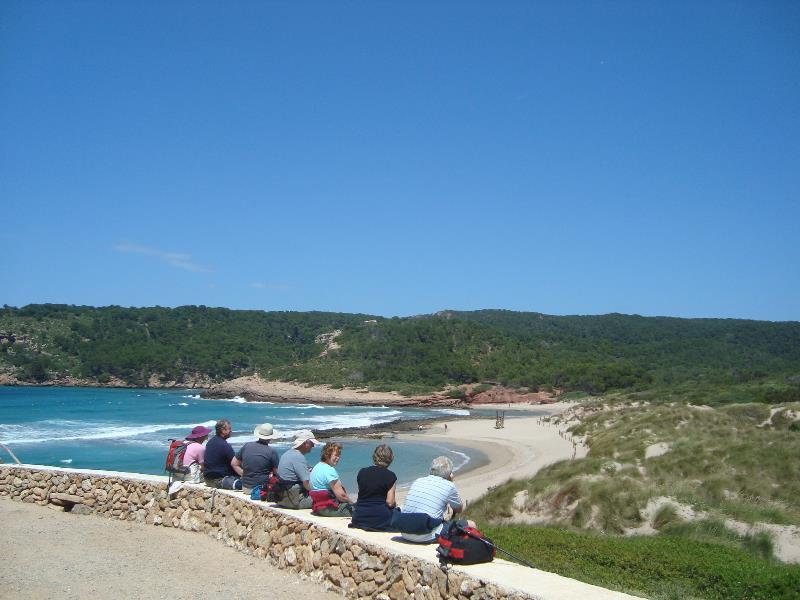 /Widgets/HolidayTile/walking couples menorca - about